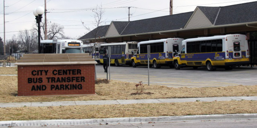 Macomb City Bus Transfer and Parking